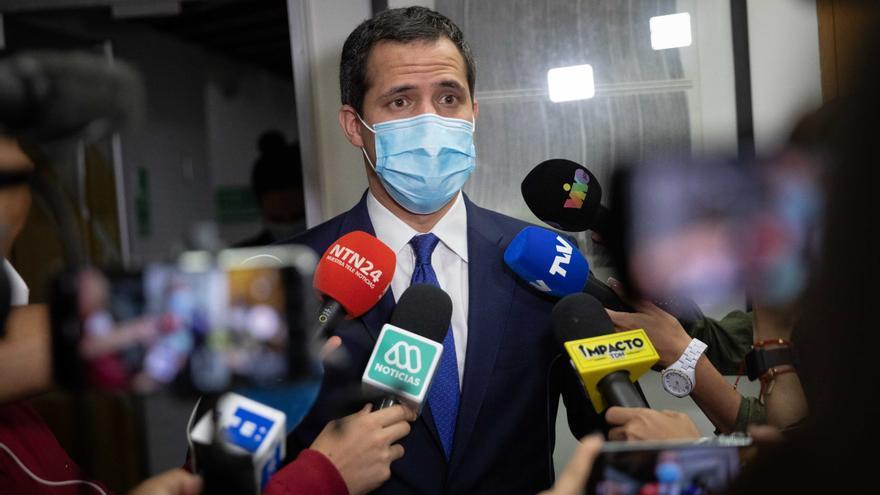 La Fiscalía venezolana investiga a Guaidó por hurto de activos y otros delitos