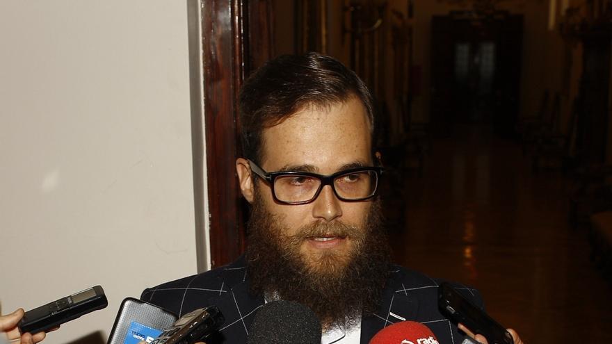 """El diputado 'hipster' de UPyD contesta a Rajoy: """"Entre los que votan, hay de todo, pero entre los que no, ni te cuento"""""""