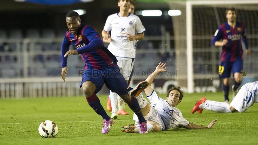 Encuentro entre el Fútbol Club Barcelona B y el CD Tenerife (VÍCTOR SALGADO)