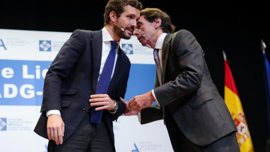 """Aznar a Casado: """"Debe confrontar con el Gobierno como si Vox no existiera y con Vox como si el Gobierno no existiera"""""""
