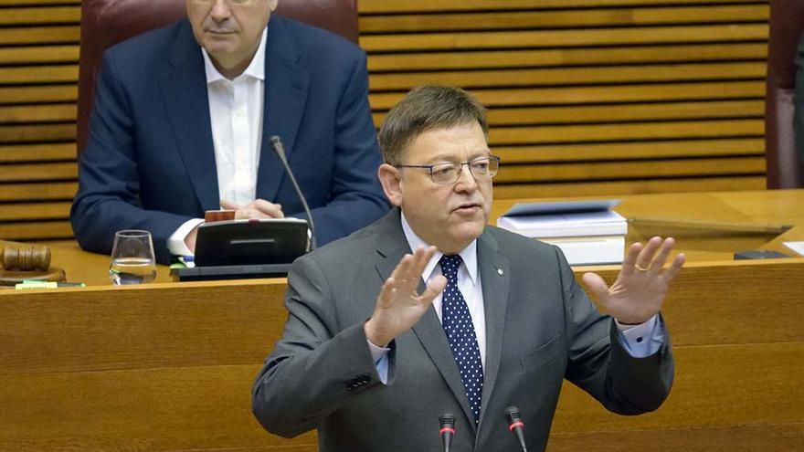 El president de la Generalitat, Ximo Puig, en el pleno de las Corts