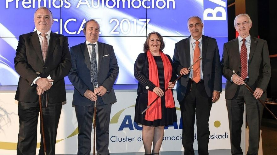 Irizar, Nemak, José Manuel Cubert y El Economista, premios Automoción-ACICAE 2017