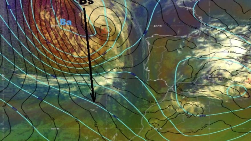 Los avisos por lluvia, viento y oleaje persisten este martes en Tenerife