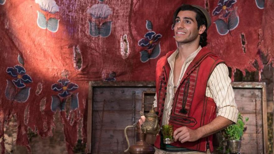 "Mena Massoud: ""Con 'Aladdin' vi de niño un reflejo de mí ..."