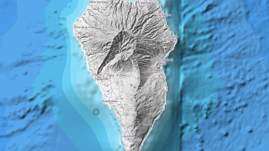 Imagen del IGN en la que se indica el lugar exacto donde se ha localizado el movimiento sísmico este  martes, 21 de enero, a las 04.57 horas, frente a la costa de Los Llanos de Aridane,