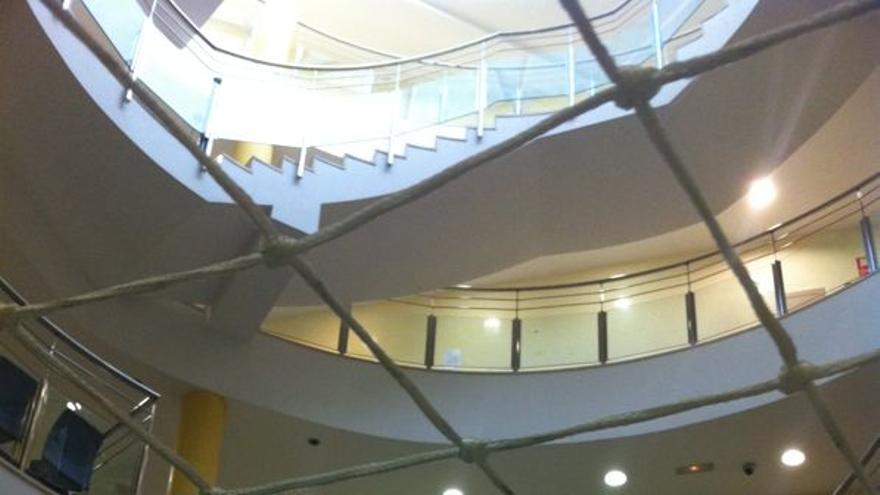 Interior de la sede de los juzgados de Violencia sobre