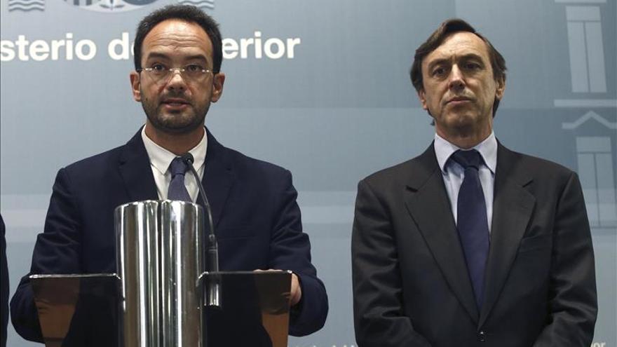 PP y PSOE abren la negociación para la constitución de la Mesa del Congreso