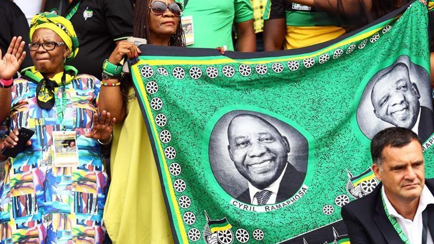 El CNA sudafricano celebra sus 106 años entre llamamientos a la unidad