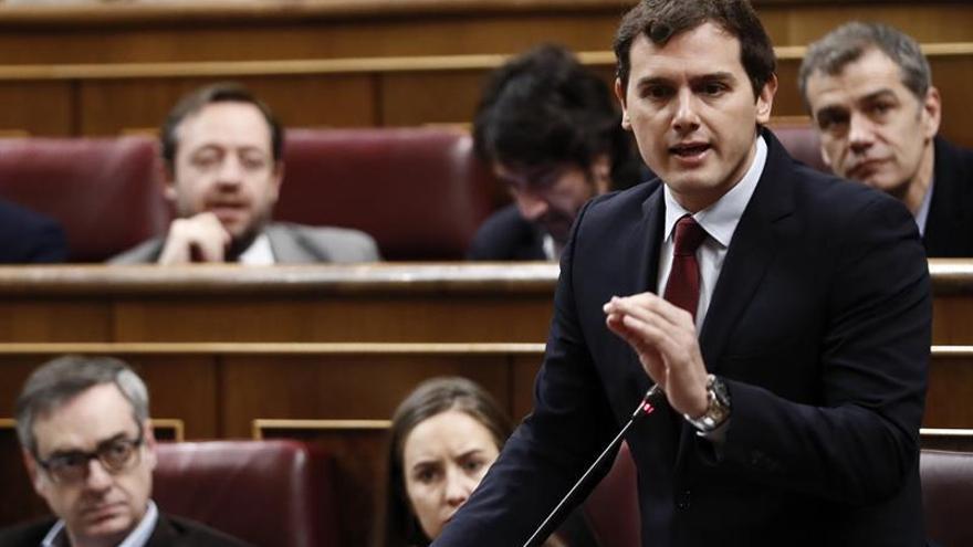 Rivera:Si PP no cumple pacto en Murcia, C's se lo hará cumplir por otras vías