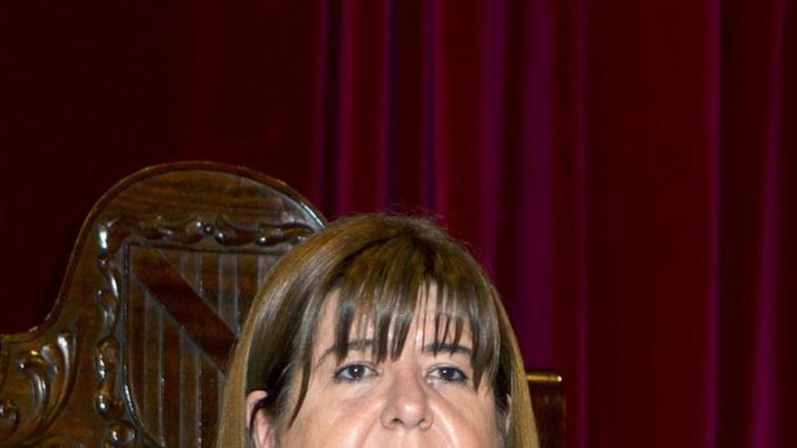 Podemos suspende de militancia a la presidenta del parlamento balear