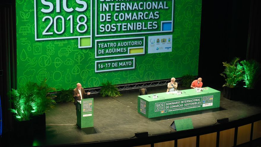 Antonio Morales, durante su discurso en el Seminario Internacional de Comarcas Sostenibles en Agüimes