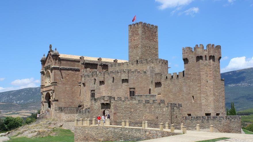 La estampa imponente del Castillo de Javier, una de las fortalezas medievales mejor conservadas del norte peninsular. Jesus Abizanda