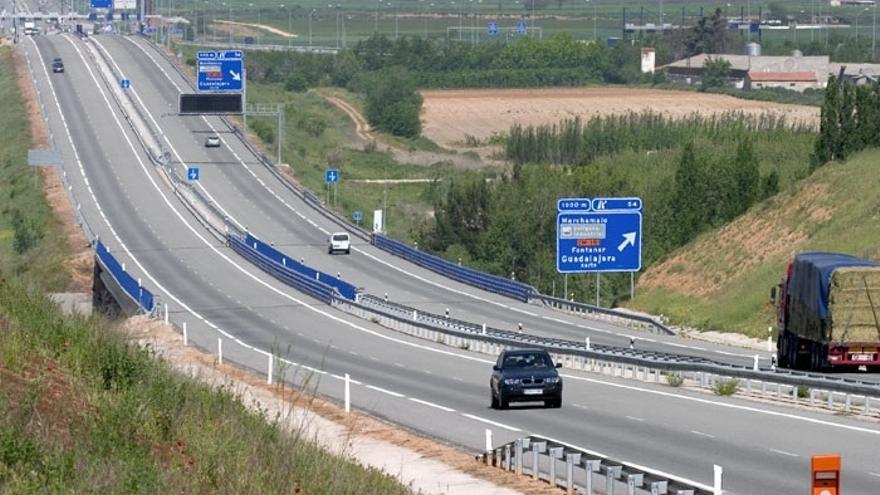 Las autopistas que rescatará Fomento pierden un 3,2% de su tráfico hasta agosto