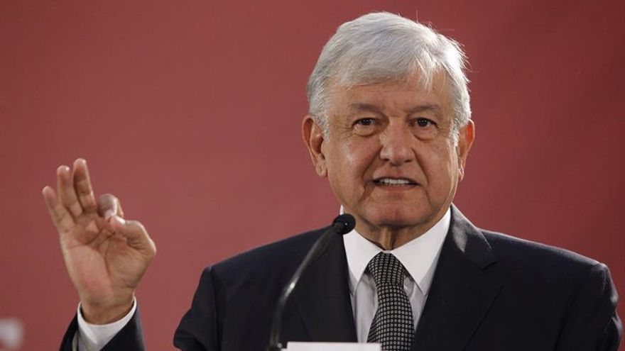 Presidente de México presentará un plan contra el robo de combustible