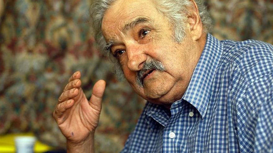 Mujica dice que cuando aceptaron exreos de Guantánamo, EE.UU. abrió un mercado de cítricos