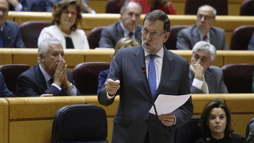 Rajoy: Se estudiará si es precisa una Ley que cambie la indemnización de los interinos