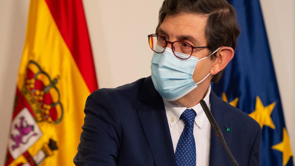 El exconsejero de Salud de Murcia Manuel Villegas.