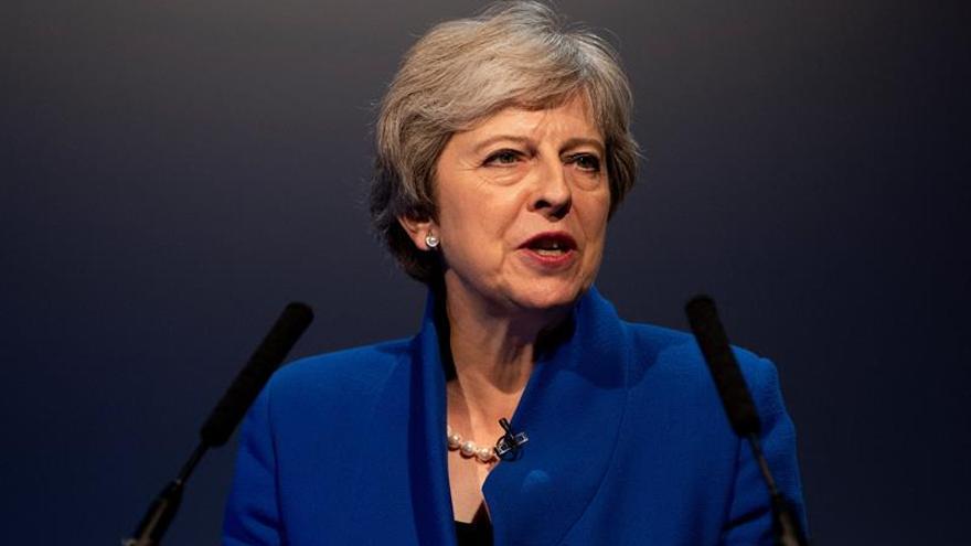 """May admite sentirse """"irritada"""" por el debate sobre el liderazgo conservador"""