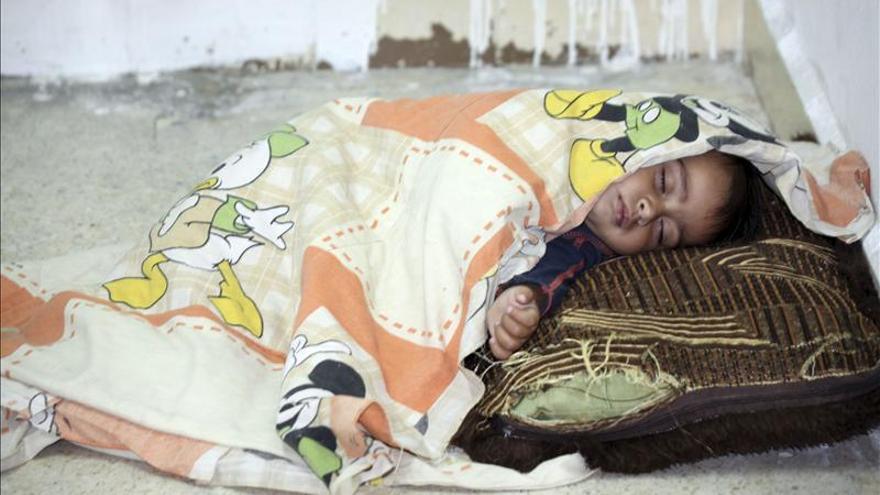 Tres menores y un anciano mueren por escasez de comida y medicinas en Damasco