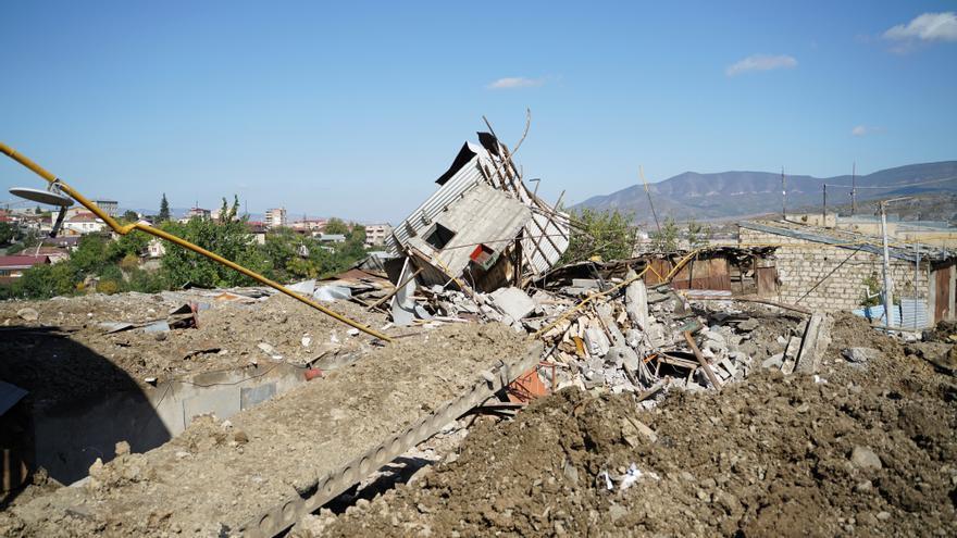 Se recrudecen los combates en el Karabaj cerca de la frontera con Irán