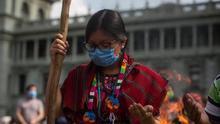 Guías espirituales guatemaltecos claman justicia por el asesinato de un compañero