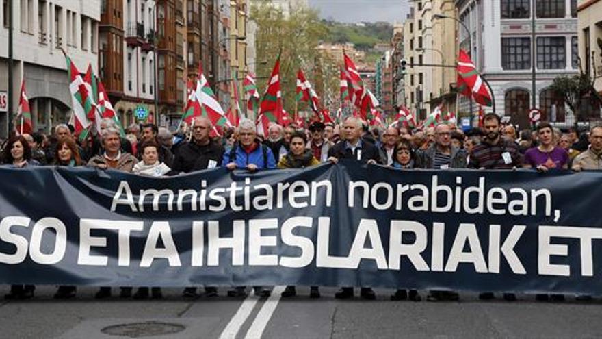 Los presos de ETA dicen que la carta del Gobierno Vasco busca romper el EPPK