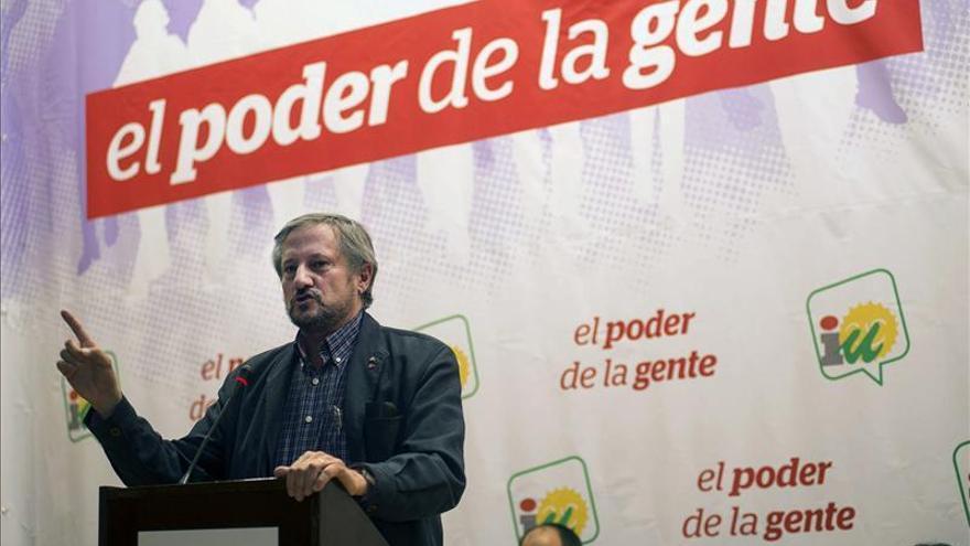 Willy Meyer recuerda que el PP y el PSOE votan juntos en Europa el 73 por ciento de las veces
