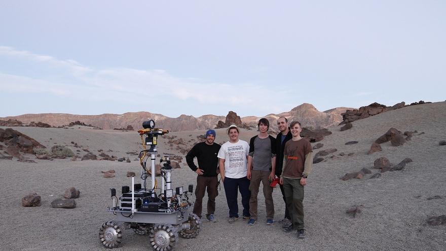El prototipo, en las Minas de San José, en el parque nacional del Teide