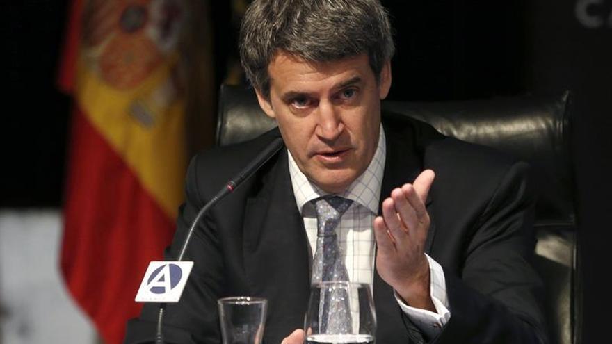 """Argentina vende """"estabilidad"""" a sus inversores ante la incertidumbre por el """"brexit"""""""