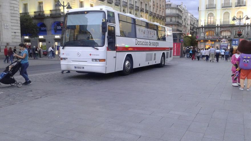 Unidad móvil en la Puerta del Sol de Madrid.
