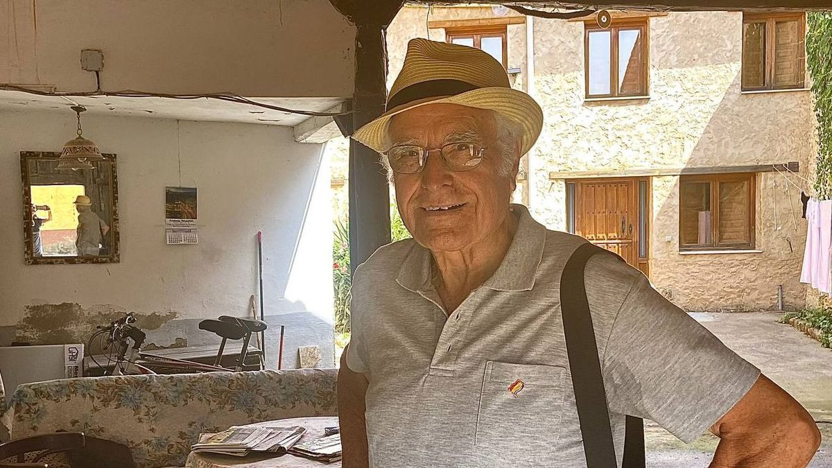 Rufino Juárez, en su pueblo Vegas del Condado hace pocas semanas