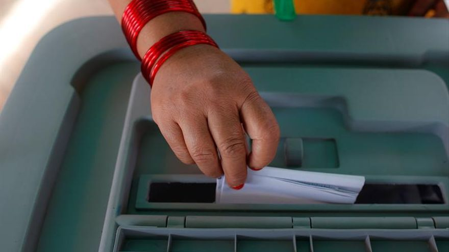 Nepal celebrará en noviembre las primeras elecciones generales tras la Constitución