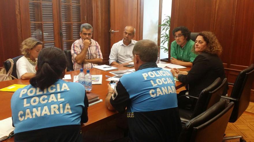 Reunión entre el Ayuntamiento deLPGC y el Cabildo de Gran Canaria para concretar medidas para mejorar los accesos a la Universidad