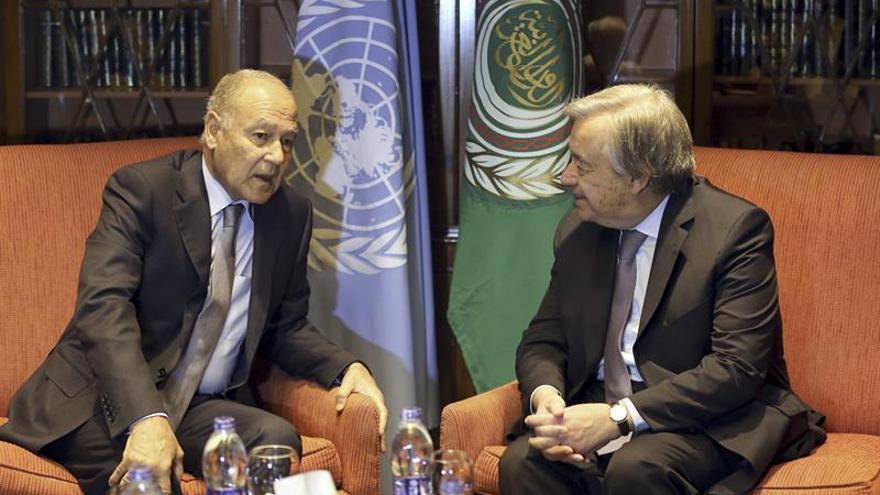 La Liga Árabe defiende ante Guterres la solución de crear un Estado palestino