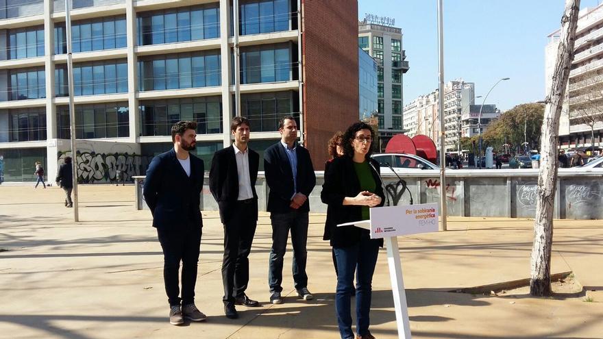 Marta Rovira junto al resto de miembros de ERC ha presentado la iniciativa