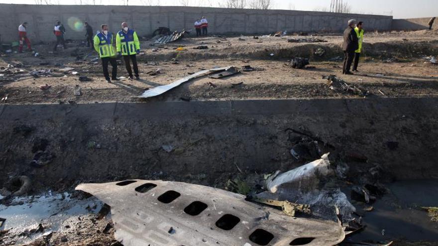 El Boeing 737 siniestrado sufrió un incendio antes de estrellarse, según Irán