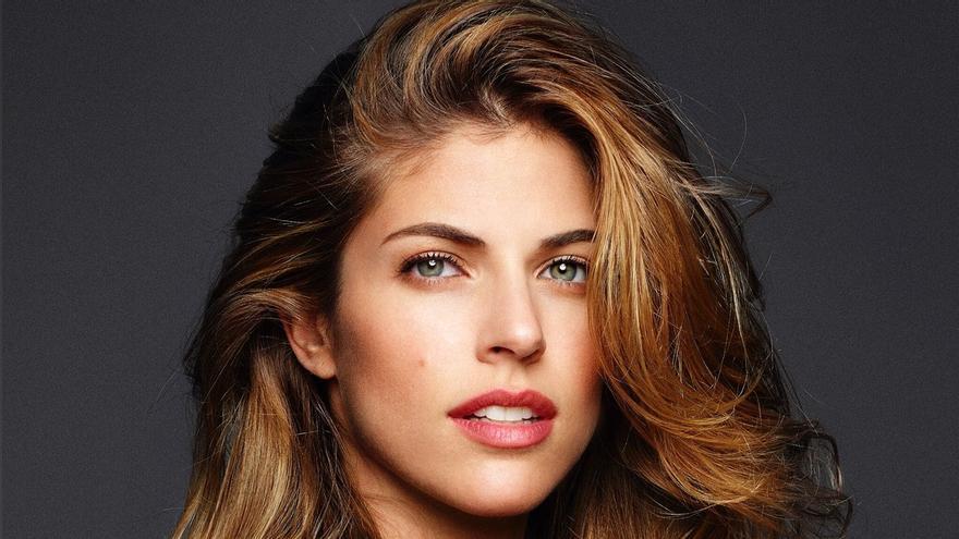 Fotografía cedida este lunes por Giuseppe Falla en la que se registró a la actriz Stephanie Cayo.