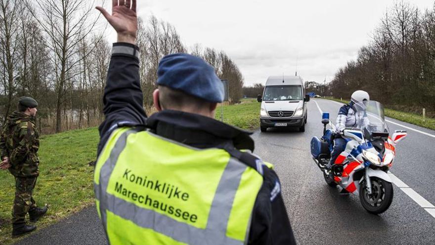 Los inmigrantes en Holanda tendrán que comprometerse por escrito a integrarse