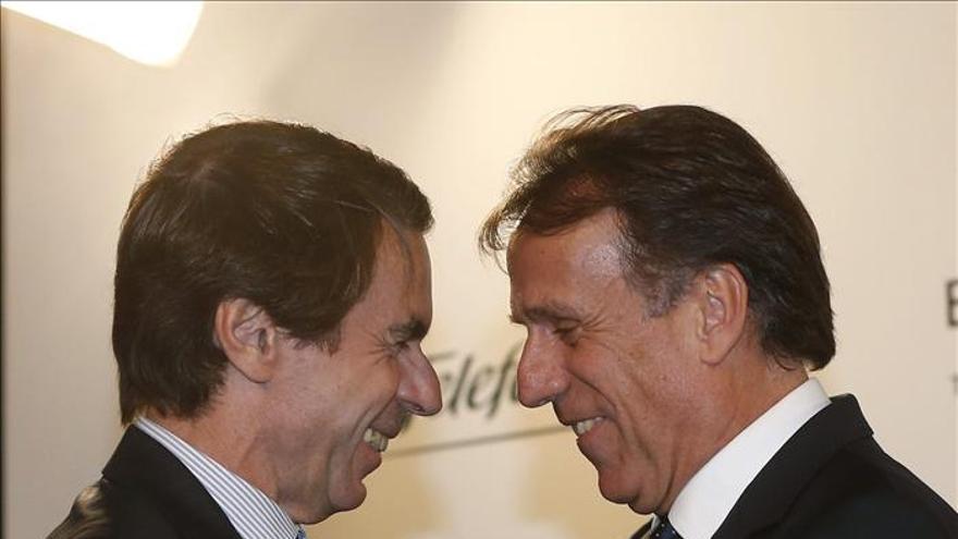 Los Príncipes, Rajoy, Zapatero y Aznar acompañan a La Razón en su aniversario