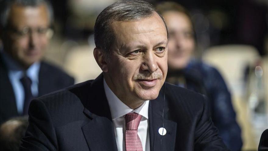 """Erdogan acusa al principal dirigente kurdo de """"traición"""" por pedir la autonomía"""