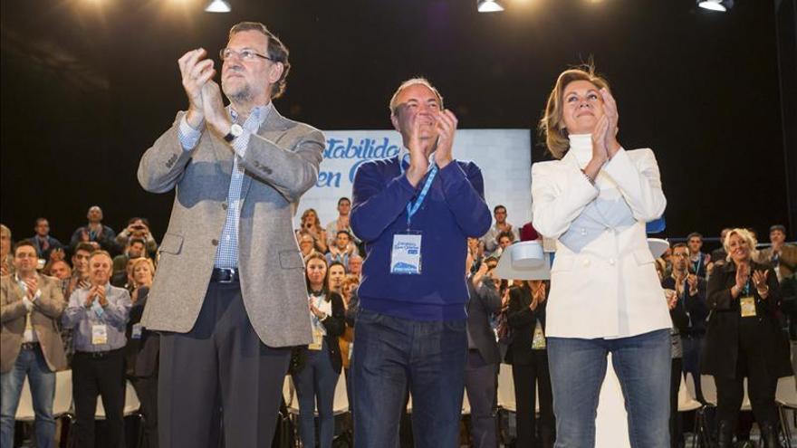 Rajoy subraya que Monago cuenta con su apoyo y el de todo el partido