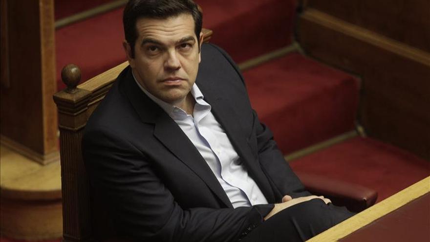 El Parlamento griego vota hoy los presupuestos de 2016 que incluyen nuevos recortes