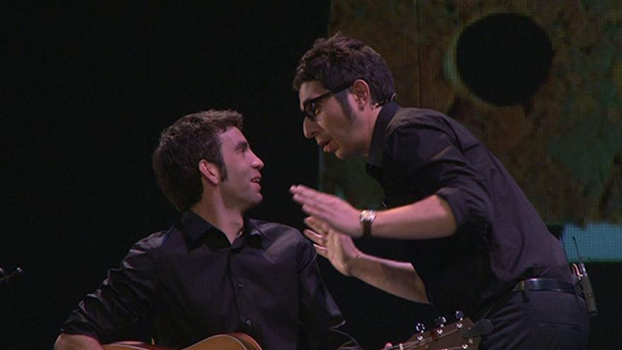 Iván Lagarto con Berto Romero durante la gira de 'La apoteosis necia'