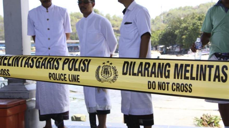 La española fallecida en el accidente de Indonesia es incinerada