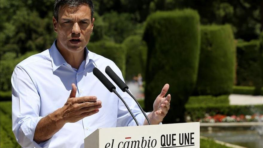 Pedro Sánchez cree que el silencio de Rajoy refleja su transigencia con la corrupción
