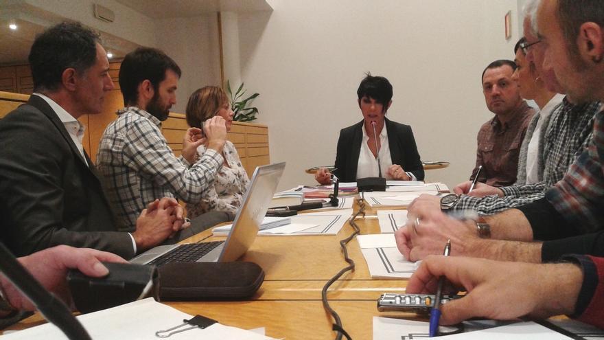 """EH Bildu cree """"poco serio"""" que el Gobierno central se plantee ahora retirar sus recursos contra leyes vascas"""