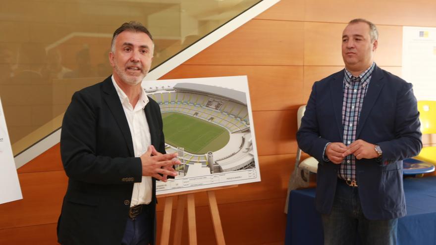 Ángel Víctor Torres y Miguel Ángel Ramírez hablan de las obras de ampliación del aforo del Estadio de Gran Canaria (ALEJANDRO RAMOS)