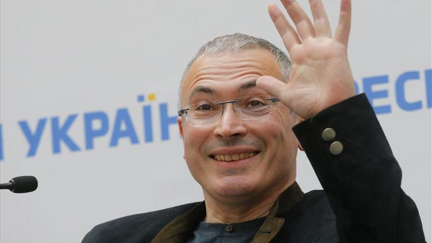 Rusia acusa a Jodorkovski de organizar dos asesinatos en 1998 y 1999
