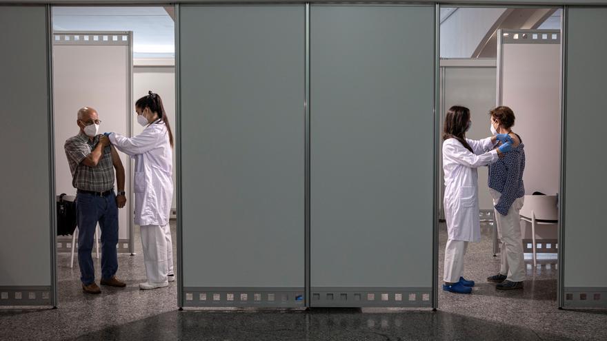 Sanidad distribuye más de 1,3 millones de nuevas dosis de Pfizer