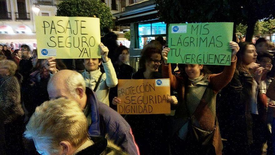 Los  manifestantes han pedido un pasaje seguro para los refugiados / Mérida